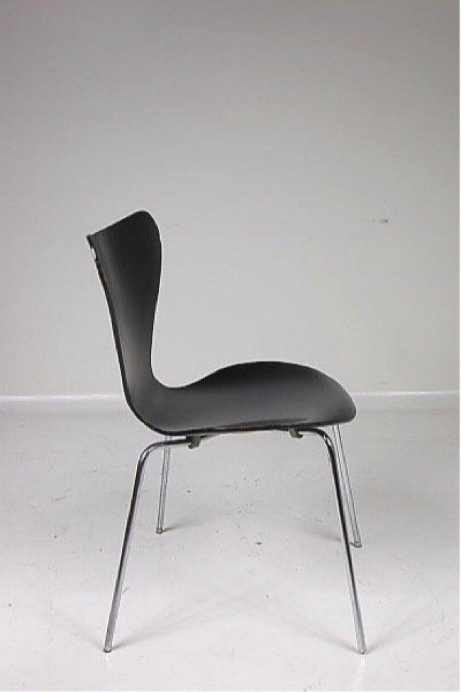 serie 7 st hle von arne jacobsen f r fritz hansen 1979. Black Bedroom Furniture Sets. Home Design Ideas