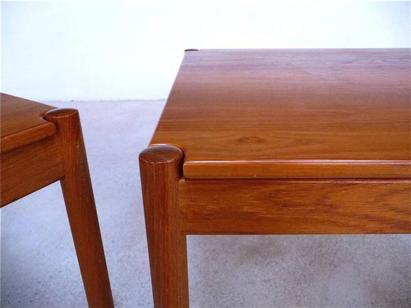 d nische vintage beistelltische aus teakholz von magnus olesen 1960er 2er set bei pamono kaufen. Black Bedroom Furniture Sets. Home Design Ideas