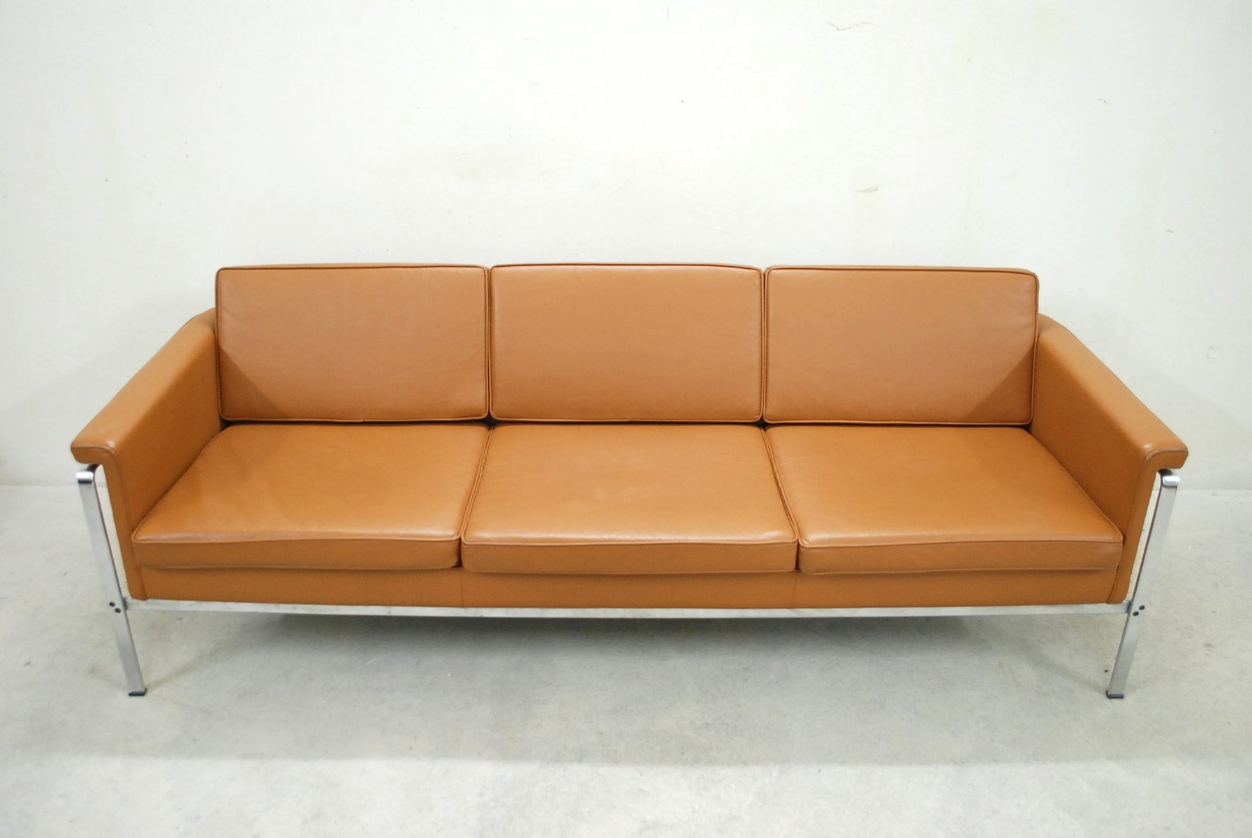 German 6913 Cognac Leather Sofa By Horst Brüning For Kill International, 1960s For Sale At Pamono
