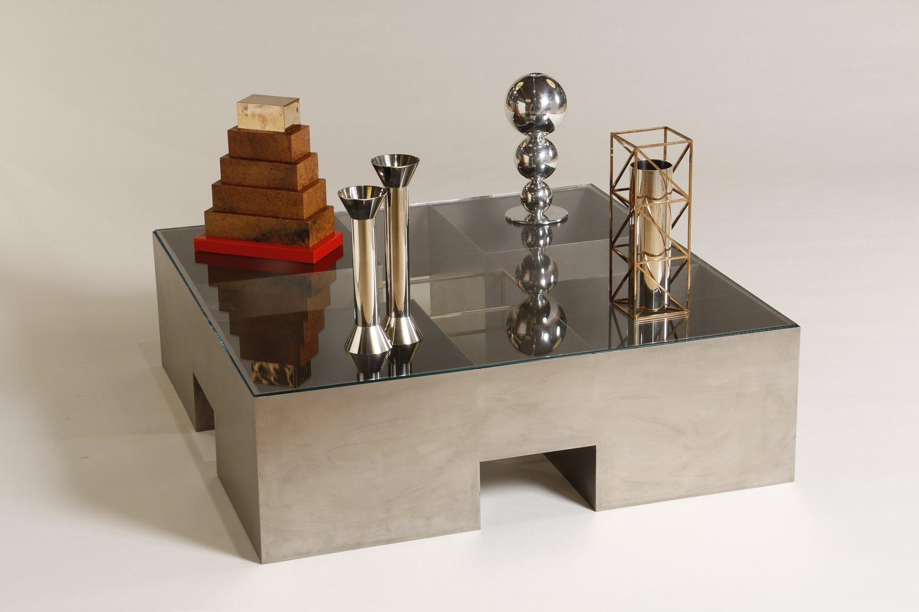 Italienischer Couchtisch mit Objekten von Alessandro Mendini für Desig...