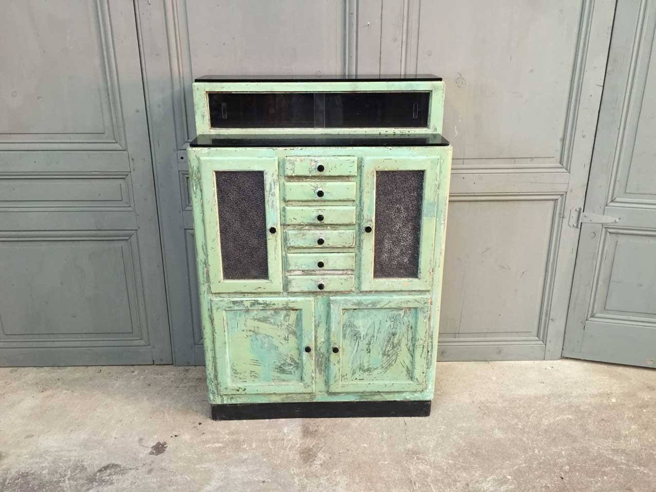 Mueble de dentista franc s de madera a os 50 en venta en pamono - Mueble anos 50 ...