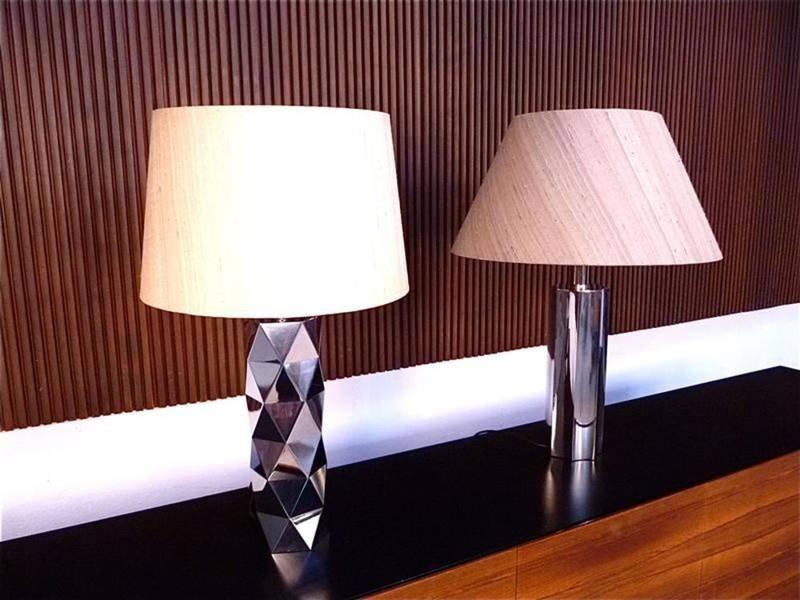 Italienische Skulpturale Tischlampen aus Verchromten Metall, 1960er, 2...