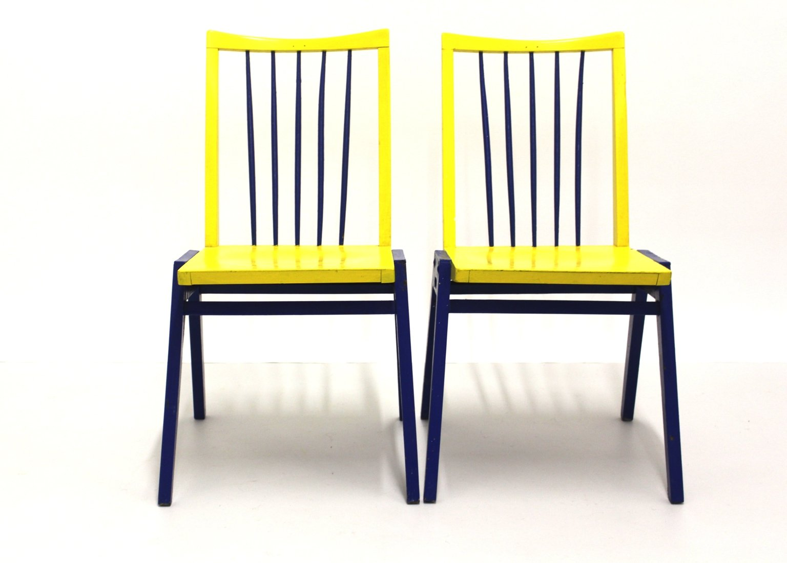 st hle in schwarz gelb von roland rainer 2er set bei On stühle in schwarz