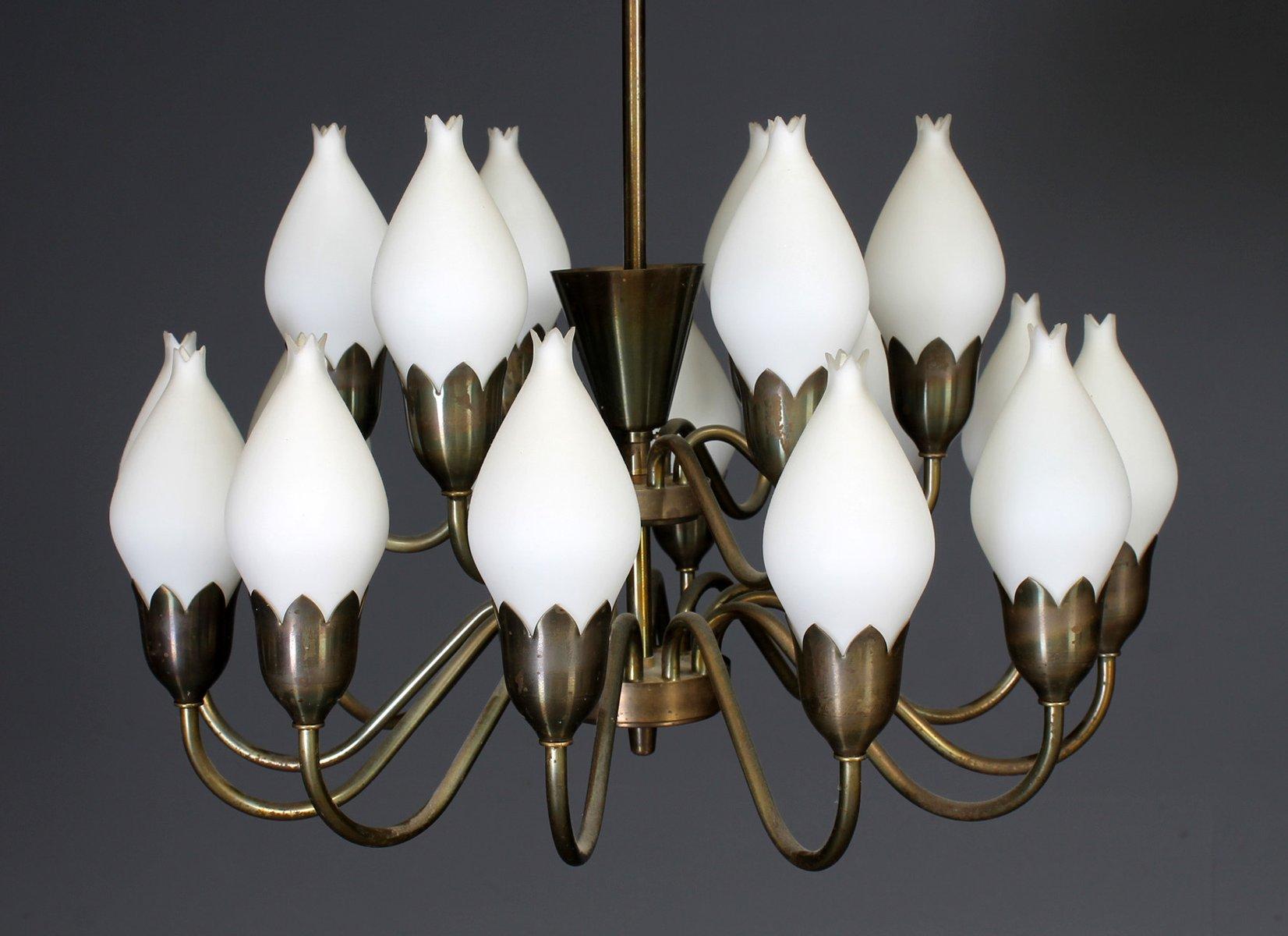 Großer Kronleuchter mit Glas Lampenschirmen von Fog & Mørup, 1960er