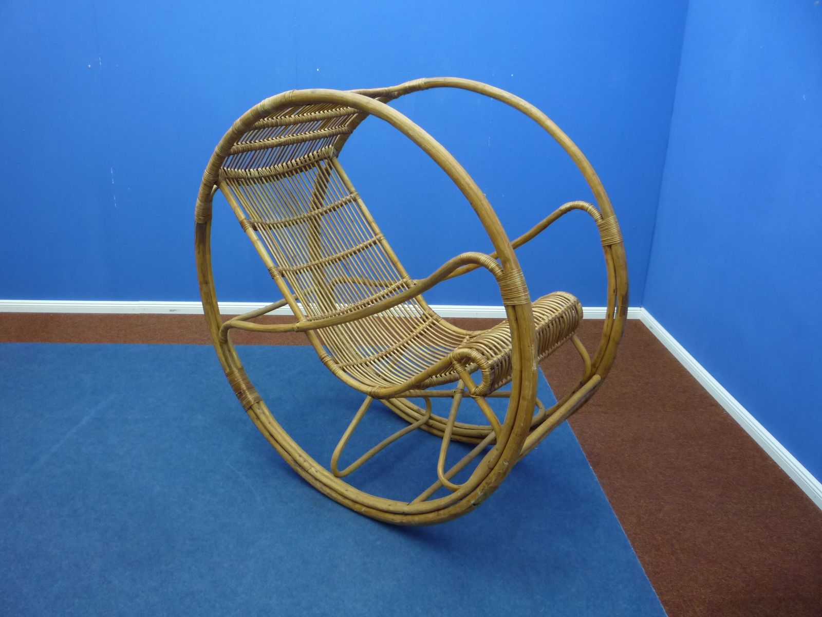 rocking chair en rotin et en osier 1960s en vente sur pamono. Black Bedroom Furniture Sets. Home Design Ideas