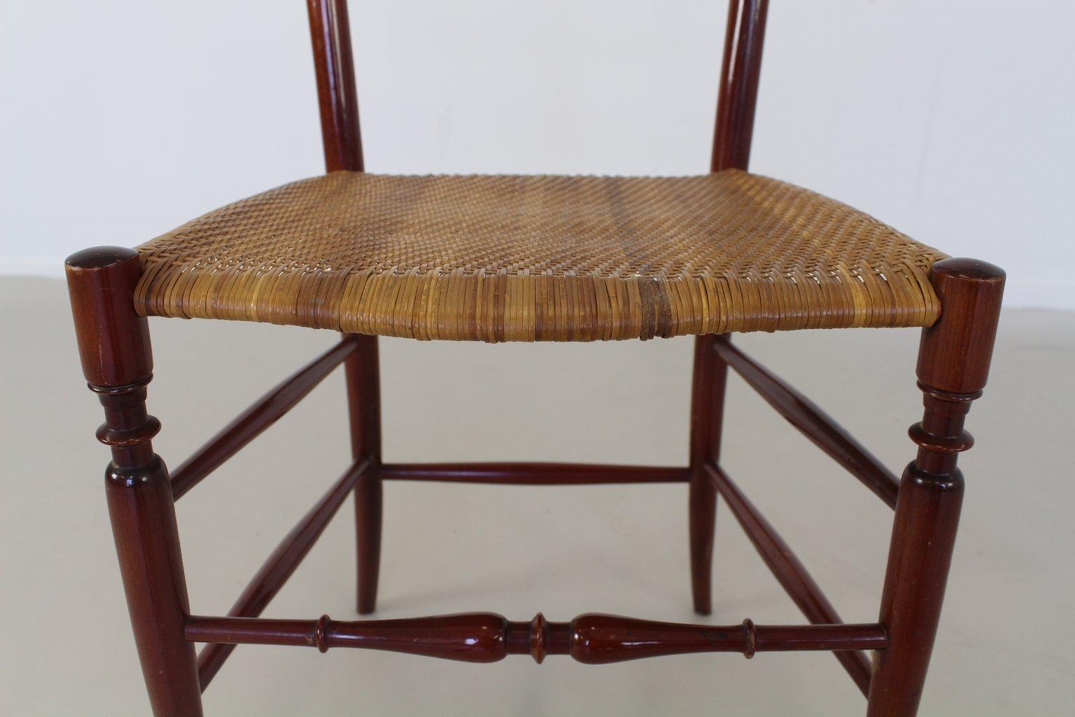 chiavari stuhl mit hoher r ckenlehne aus nussholz von giuseppe gaetano descalzi 1950 bei pamono. Black Bedroom Furniture Sets. Home Design Ideas