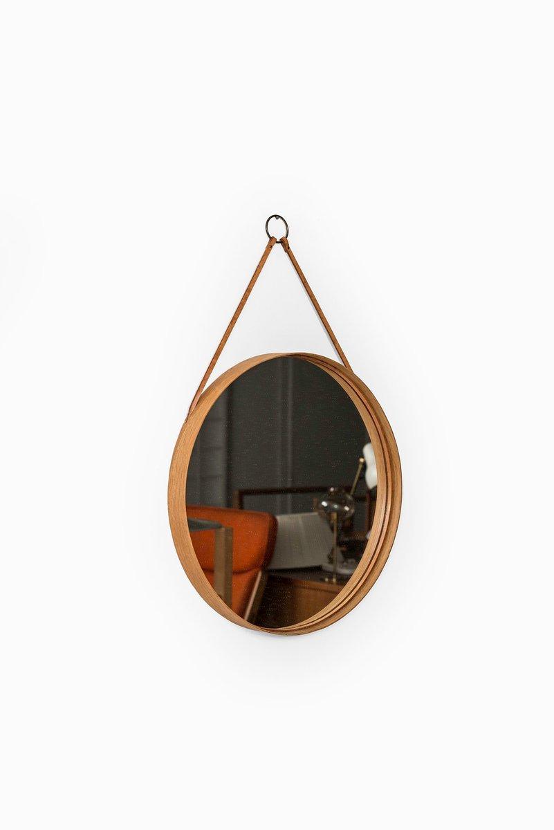 schwedischer spiegel mit rahmen aus eiche messing leder bei pamono kaufen. Black Bedroom Furniture Sets. Home Design Ideas