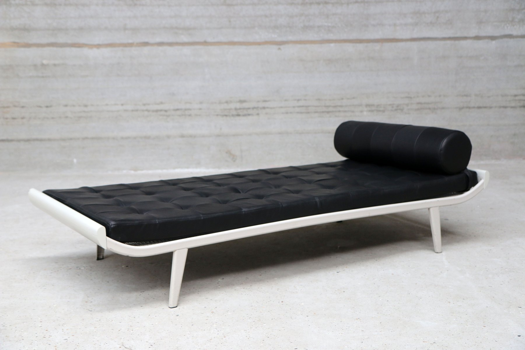 Daybed Vintage vintage leather daybeddick cordemeijer for auping for sale at pamono