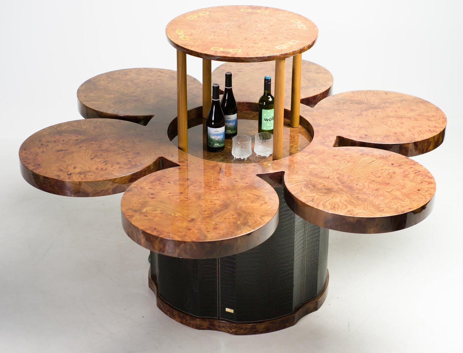 Maßgefertigter Esstisch mit Eingebauter Hebevorrichtung von Formitalia...