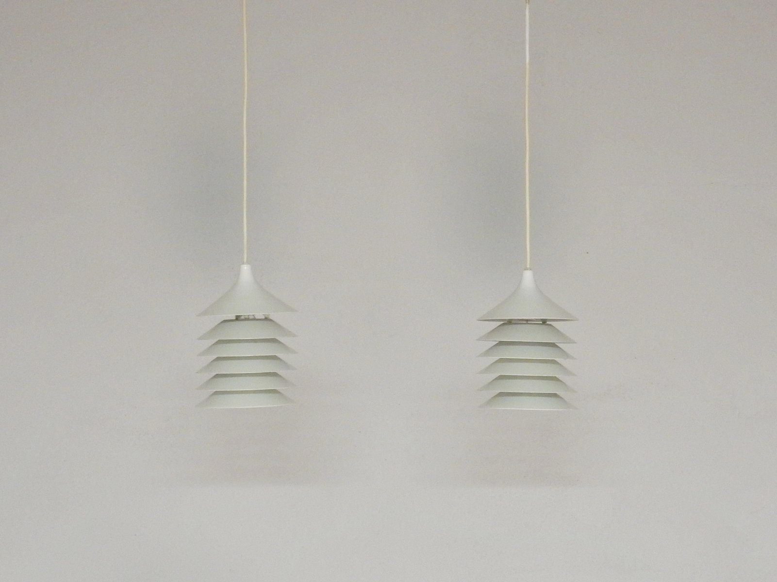 Weiße Vintage Duett Hängelampen von Bent Gantzel Boysen für Ikea, 2er ...
