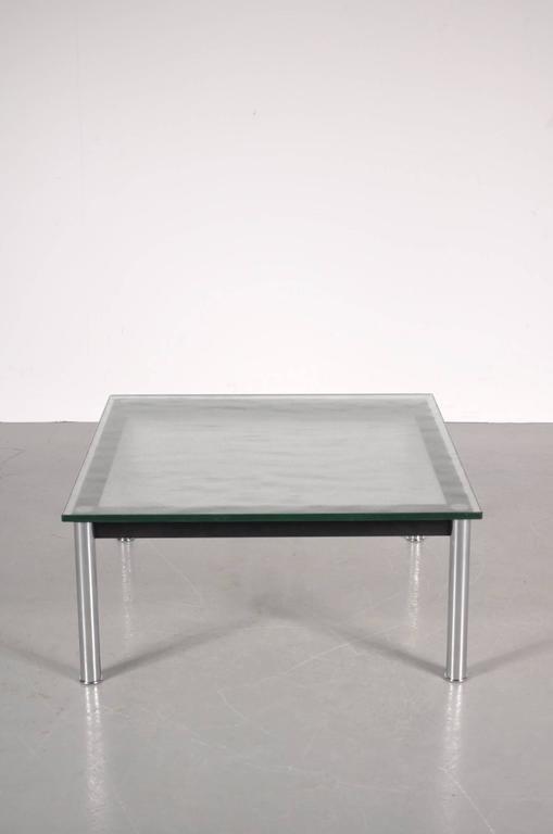 Table basse lc10 par le corbusier pour cassina italie 1980s en vente sur pamono - Table basse corbusier ...