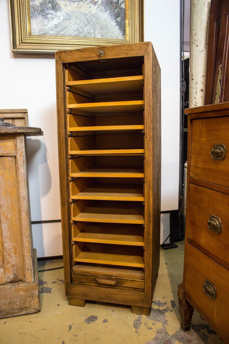 oft Vintage Schrank mit Rolltür im Bauhaus Stil bei Pamono kaufen MI57