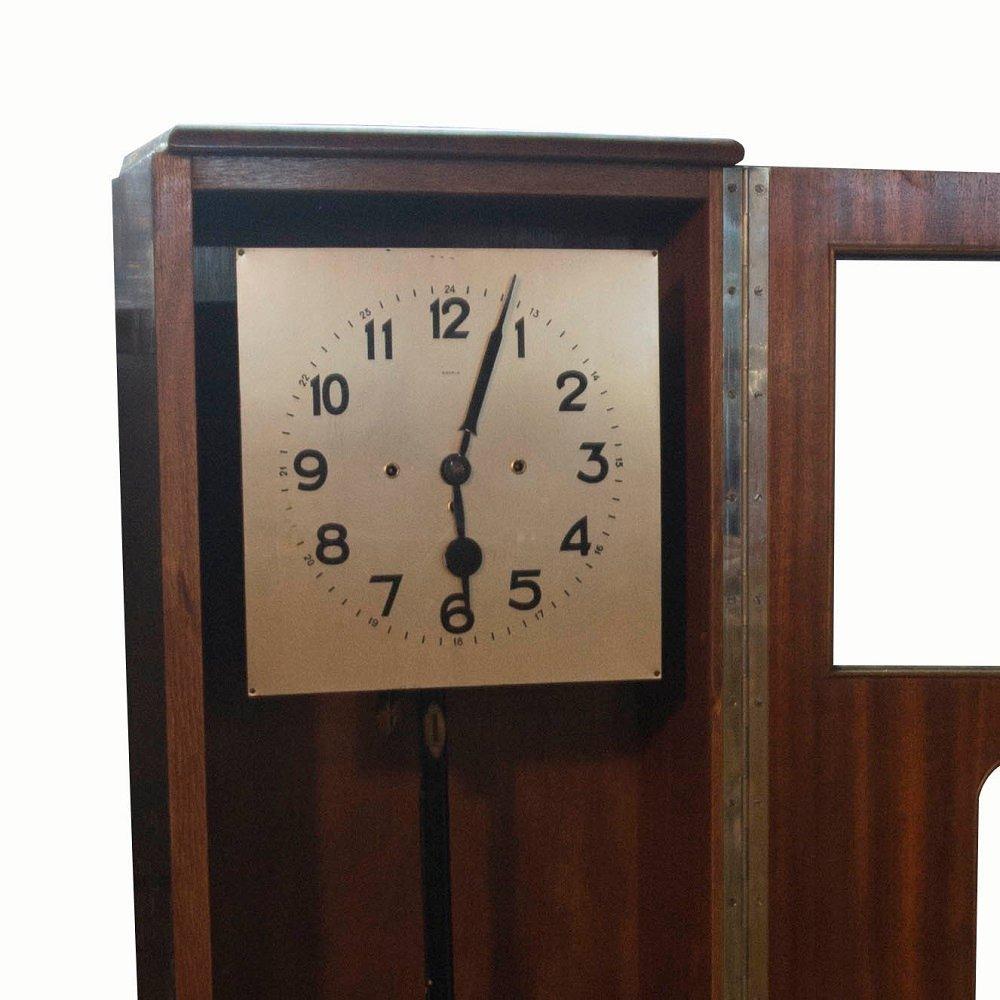 horloge comtoise art d co r publique tch que 1930s en vente sur pamono. Black Bedroom Furniture Sets. Home Design Ideas