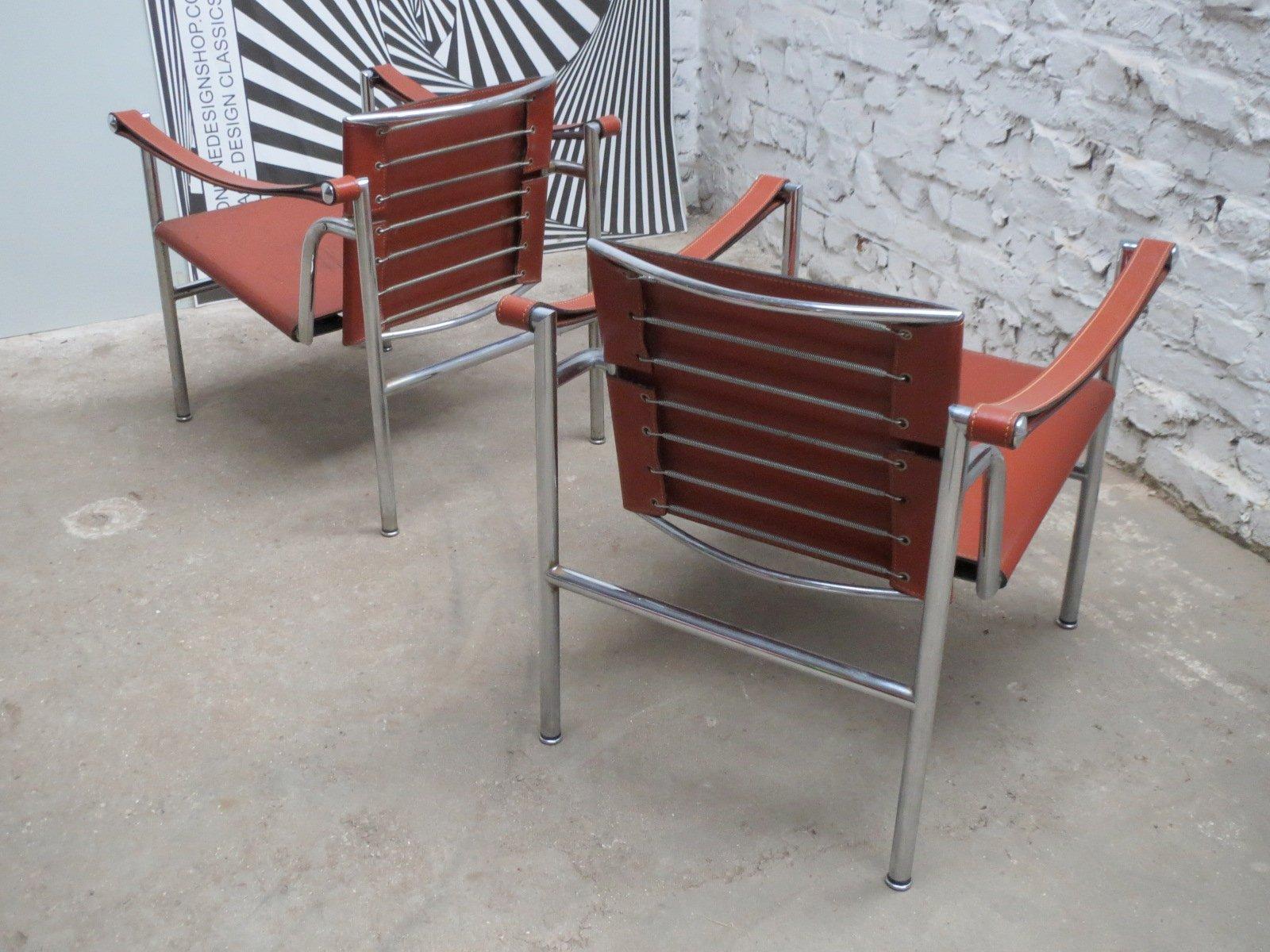 Sedia lc1 modernista basculante di le corbusier pierre - Sedia le corbusier prezzo ...