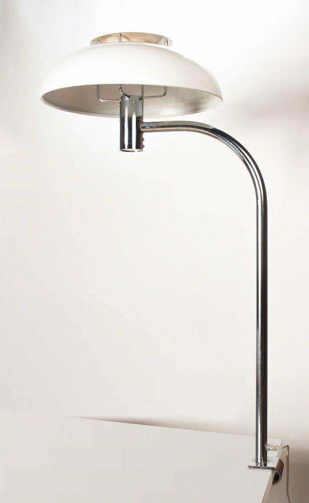 Schwedische Lampe aus Verchromten Metall mit Weiß Lackiertem Lampensch...