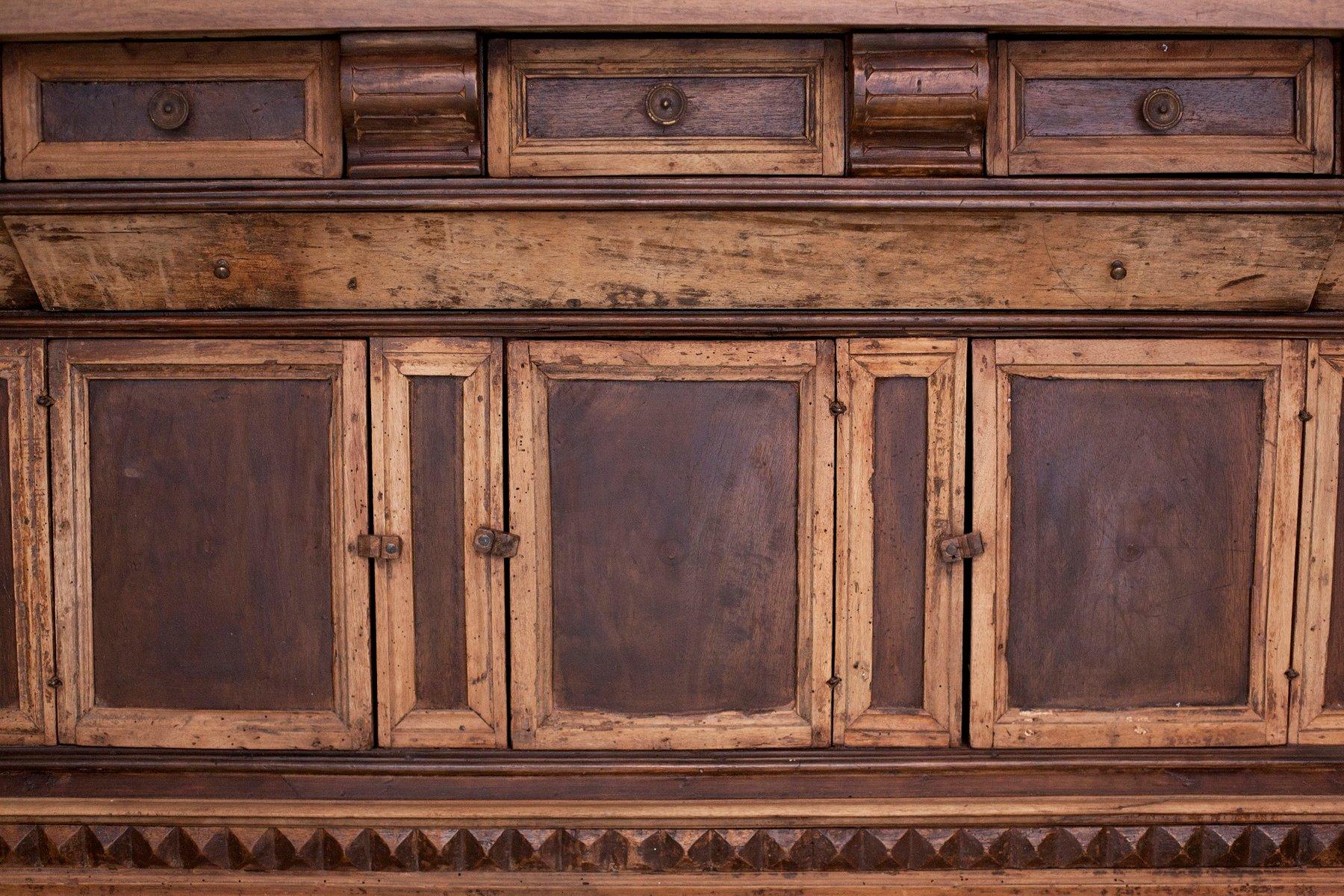 Antiker italienischer holz schrank bei pamono kaufen for Schrank italienischer stil