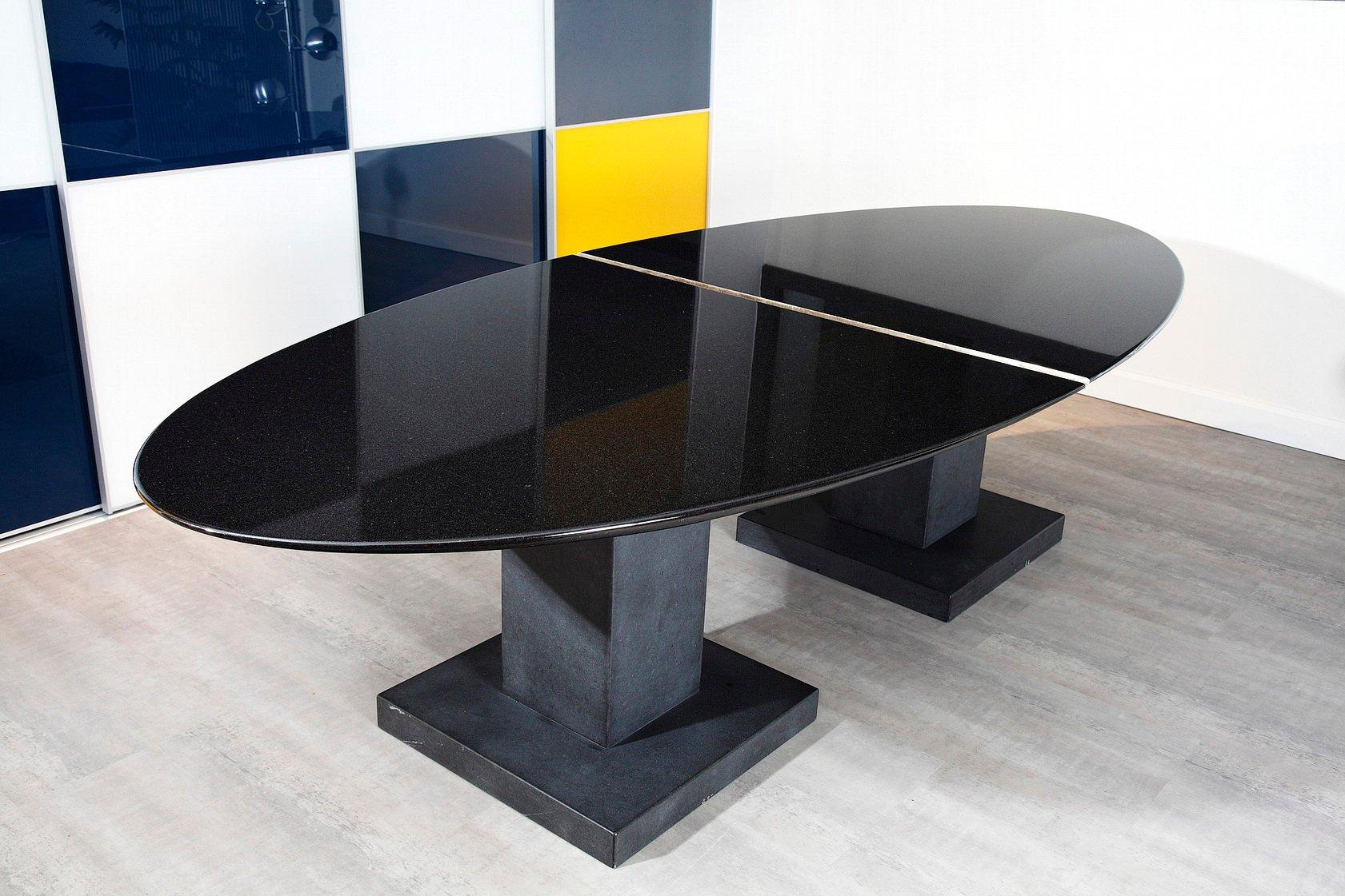 schwarzer granit esstisch von michael prentice bei pamono kaufen. Black Bedroom Furniture Sets. Home Design Ideas