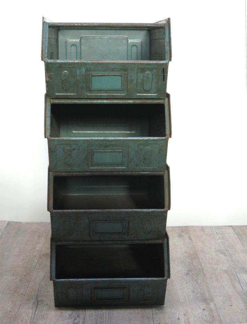 Vassoi Accatastabili Vintage Industriali In Metallo Di Schäfer Set
