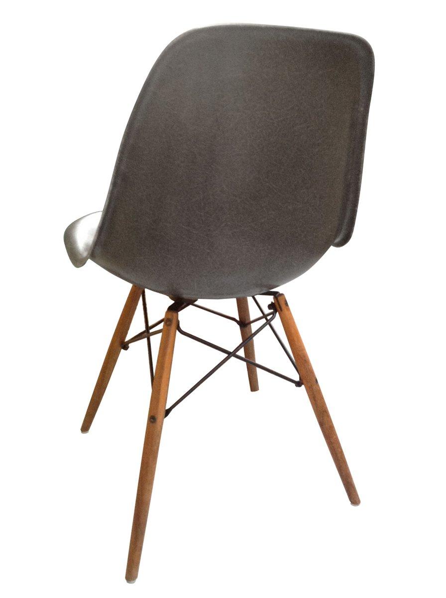 dsw stuhl von charles ray eames f r herman miller 1970. Black Bedroom Furniture Sets. Home Design Ideas