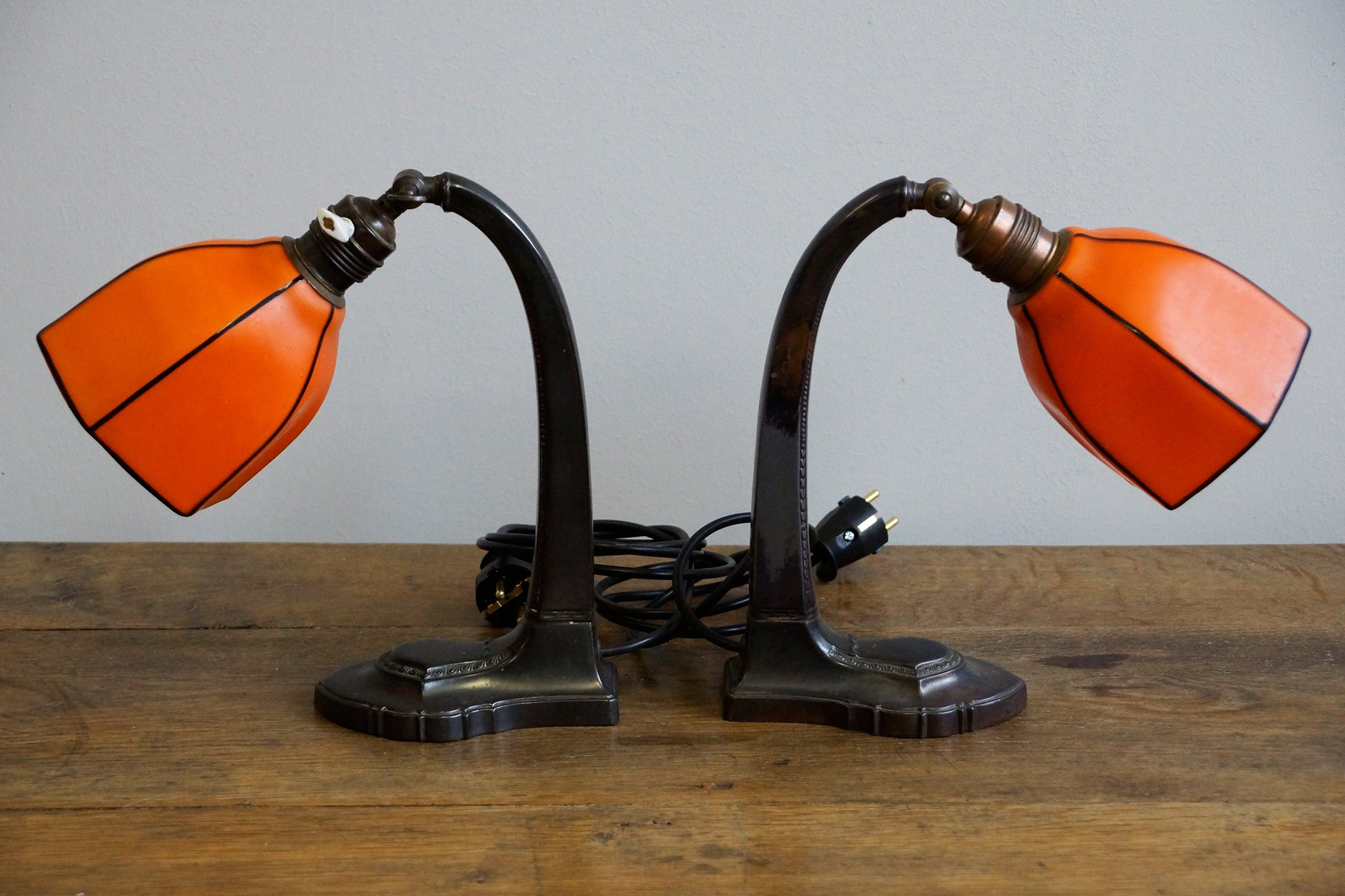 Orangenfarbene Art Deco Tischlampen, 1900er, 2er Set