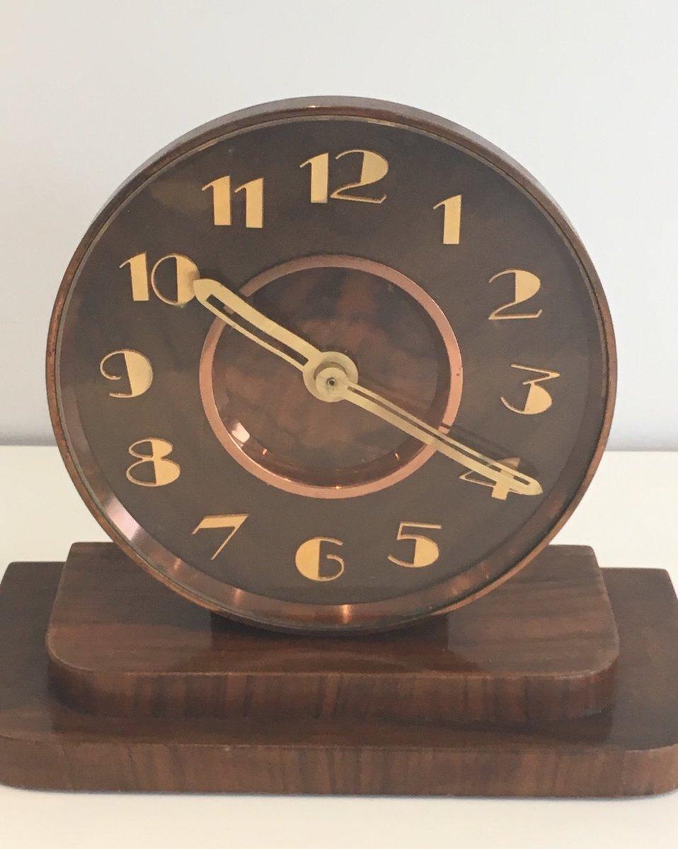 horloge vintage art d co en laiton et en bois en vente sur pamono. Black Bedroom Furniture Sets. Home Design Ideas