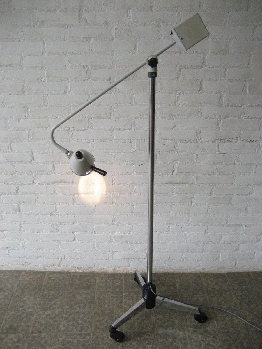 Mid-Century Industrie Mach 132? Ärzte Stehlampe