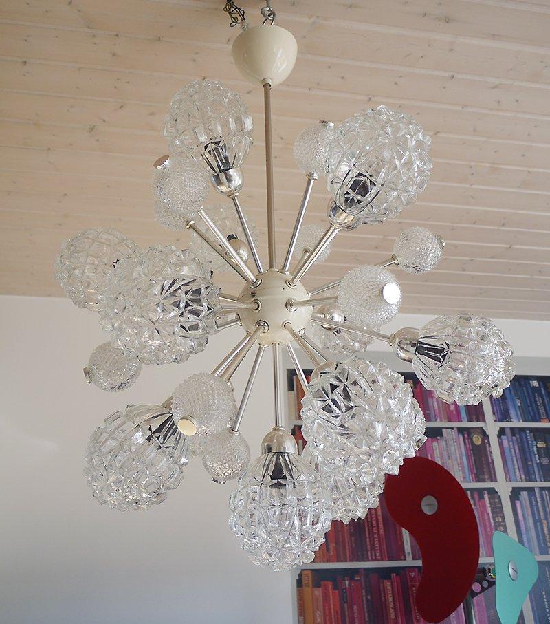Großer Sputnik Glas Kronleuchter Mit Zwölf Leuchten Von Richard Essig,  1960er