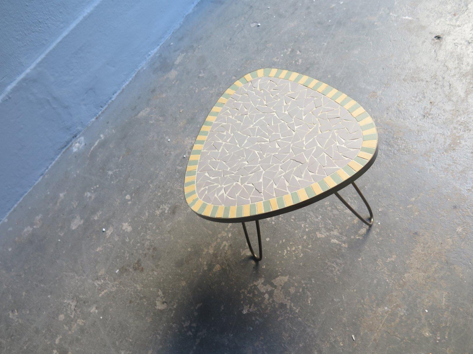 Kleiner Vintage Mosaik Tisch, 1950er bei Pamono kaufen