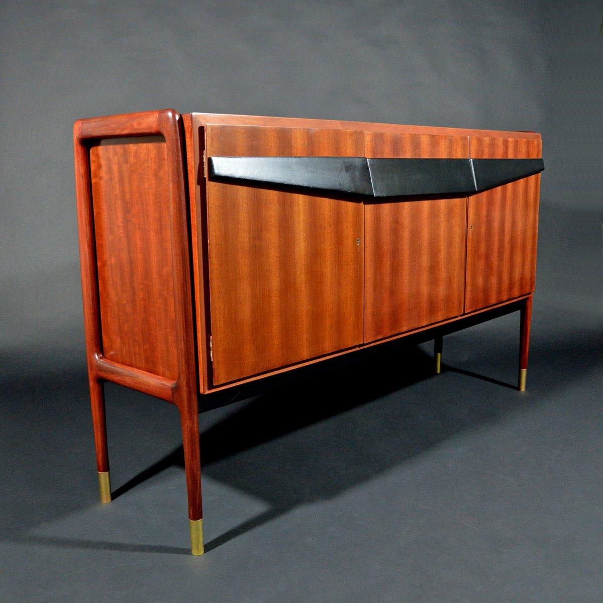 Italienisches Mid-Century Mahagoni Sideboard von Franco Cavatorta für ...