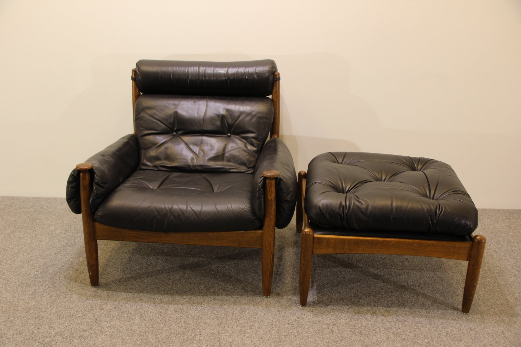 mid century sessel ottoman von eric merthen bei pamono. Black Bedroom Furniture Sets. Home Design Ideas