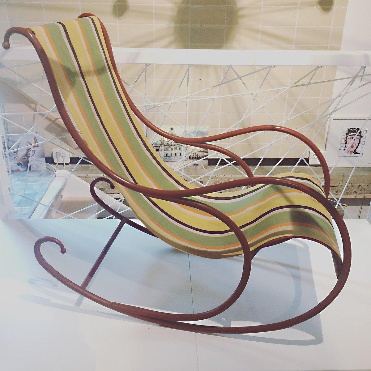 Sedia a dondolo di luigi zurla italia anni 39 40 in for Sedia design anni 40
