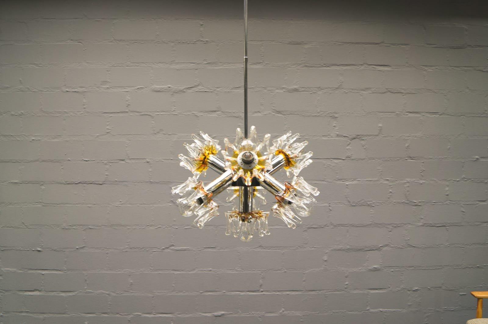 Sputnik Lampe aus Murano Glas & Chrome von Mazzega, 1970er