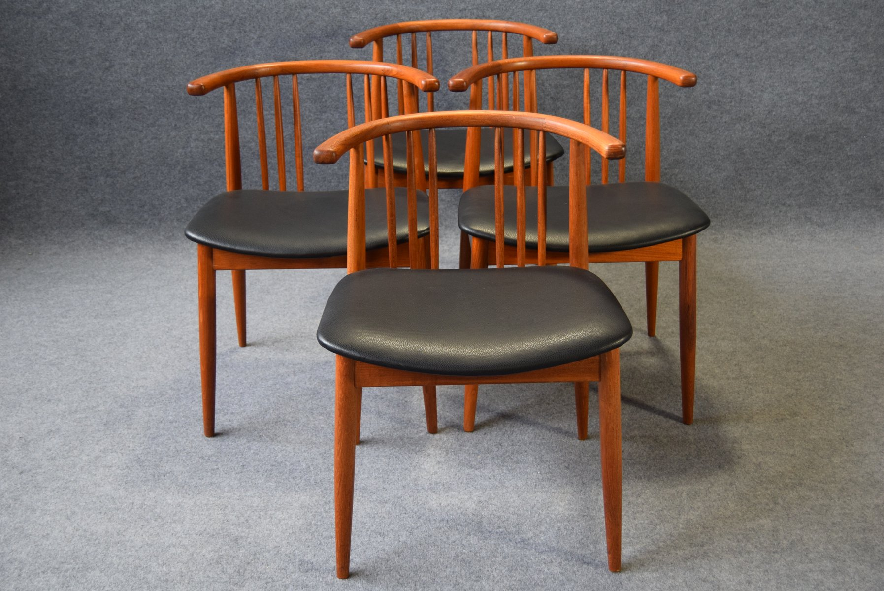 teak dining chairs from h p hansen randers set of 4 for sale at pamono. Black Bedroom Furniture Sets. Home Design Ideas