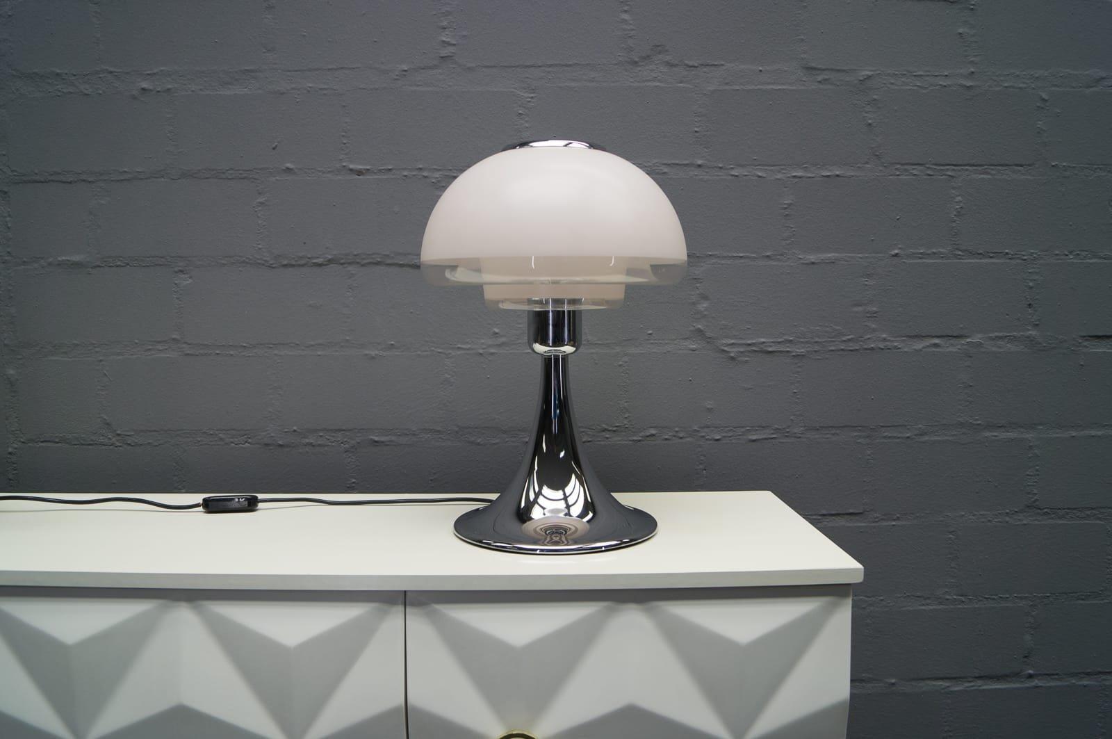 Europa Tischlampe von Verner Panton für Louis Poulsen, 1970er