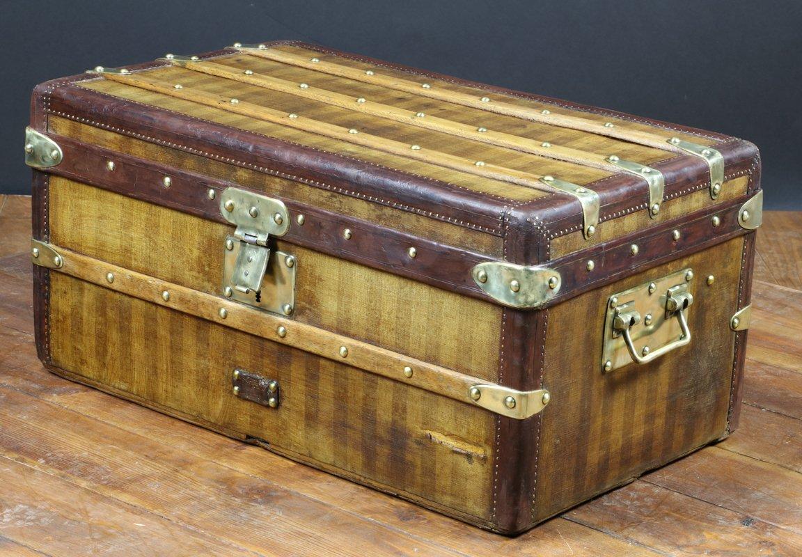 aefbae053e Malle à Rayures de Louis Vuitton, 1870s en vente sur Pamono