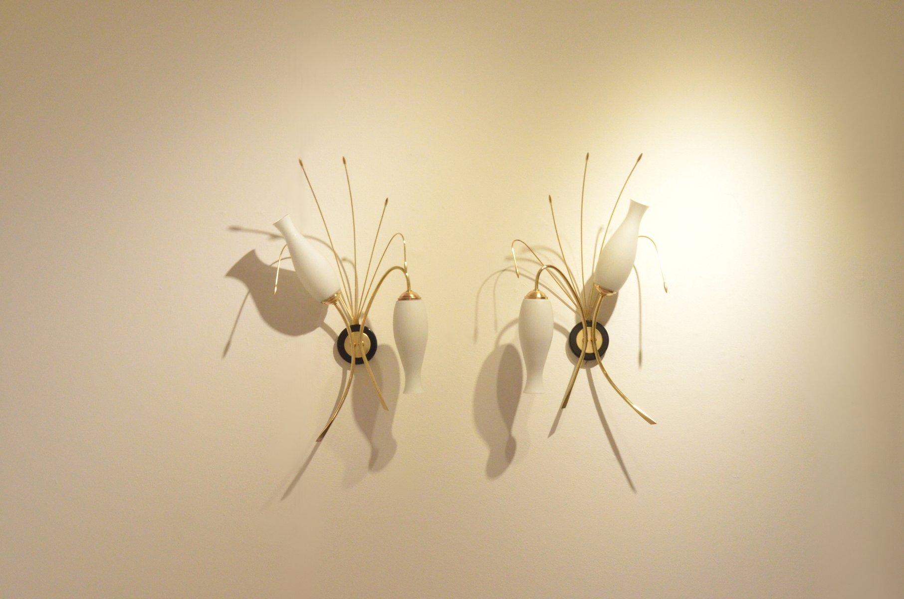 Französische Mid-Century Organische Messing & Glas Wandlampen, 2er Set