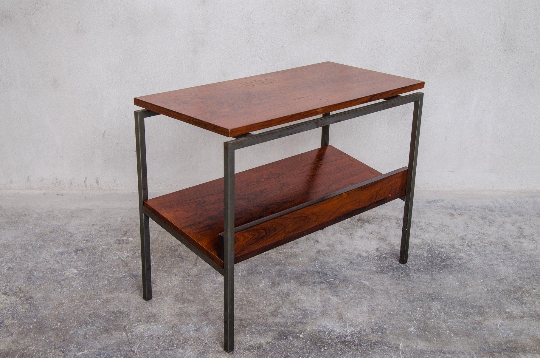 d nischer palisander beistelltisch mit zeitungsst nder 1960er bei pamono kaufen. Black Bedroom Furniture Sets. Home Design Ideas
