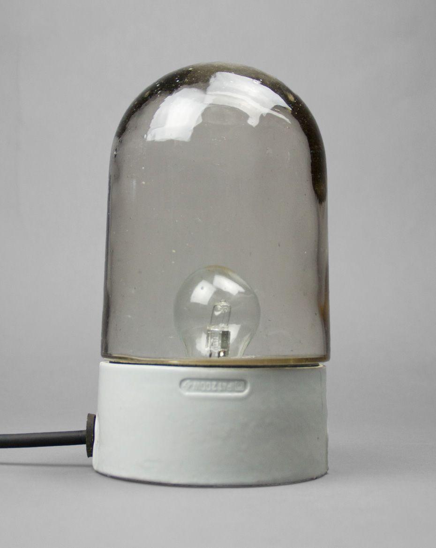 vintage bauhaus lampe aus glas mit porzellan fu bei pamono kaufen. Black Bedroom Furniture Sets. Home Design Ideas