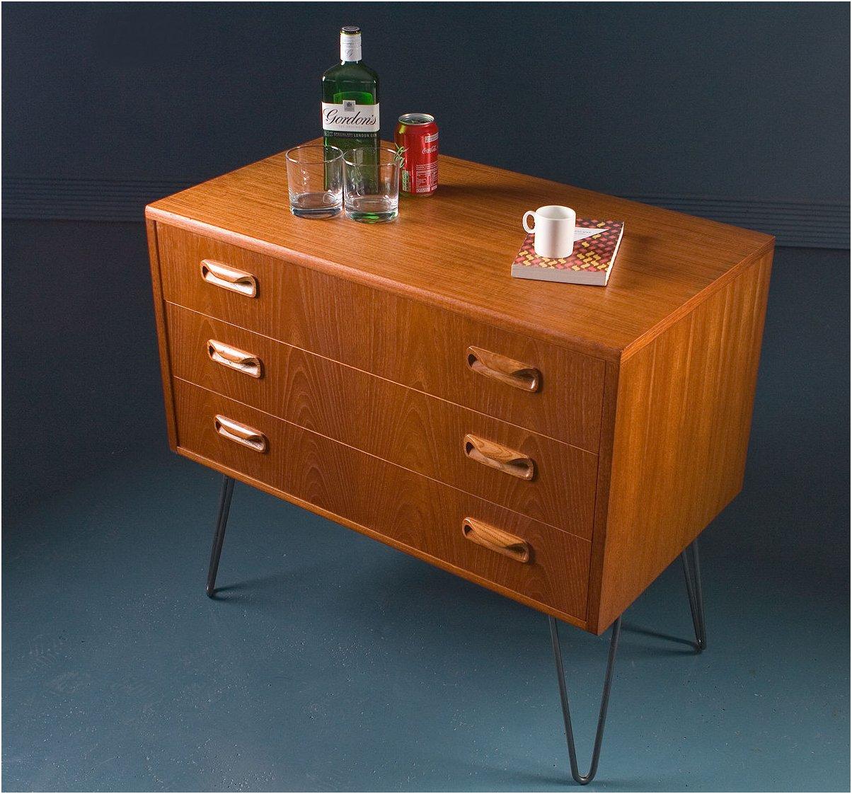 petite commode tiroirs vintage de g plan royaume uni en vente sur pamono. Black Bedroom Furniture Sets. Home Design Ideas