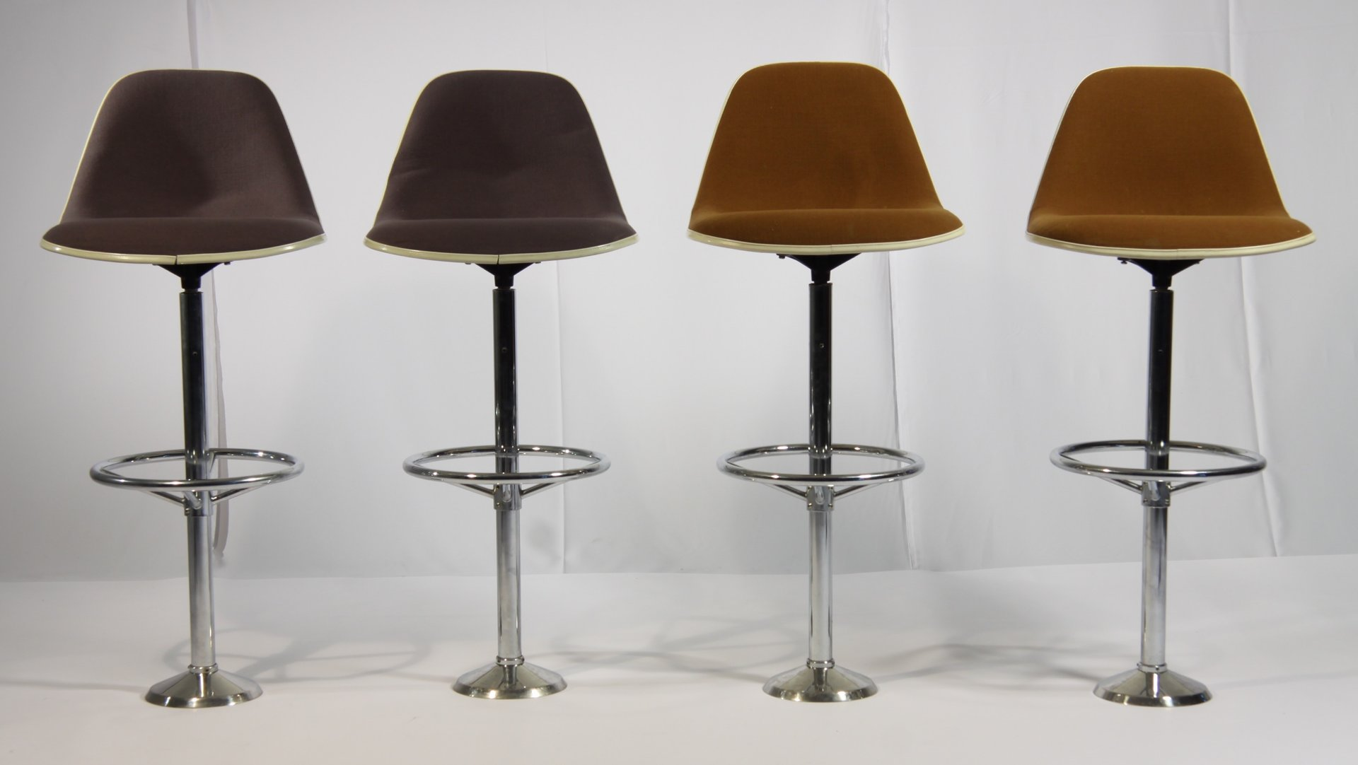 Vintage bar stools by ray charles eames for herman miller set of 4