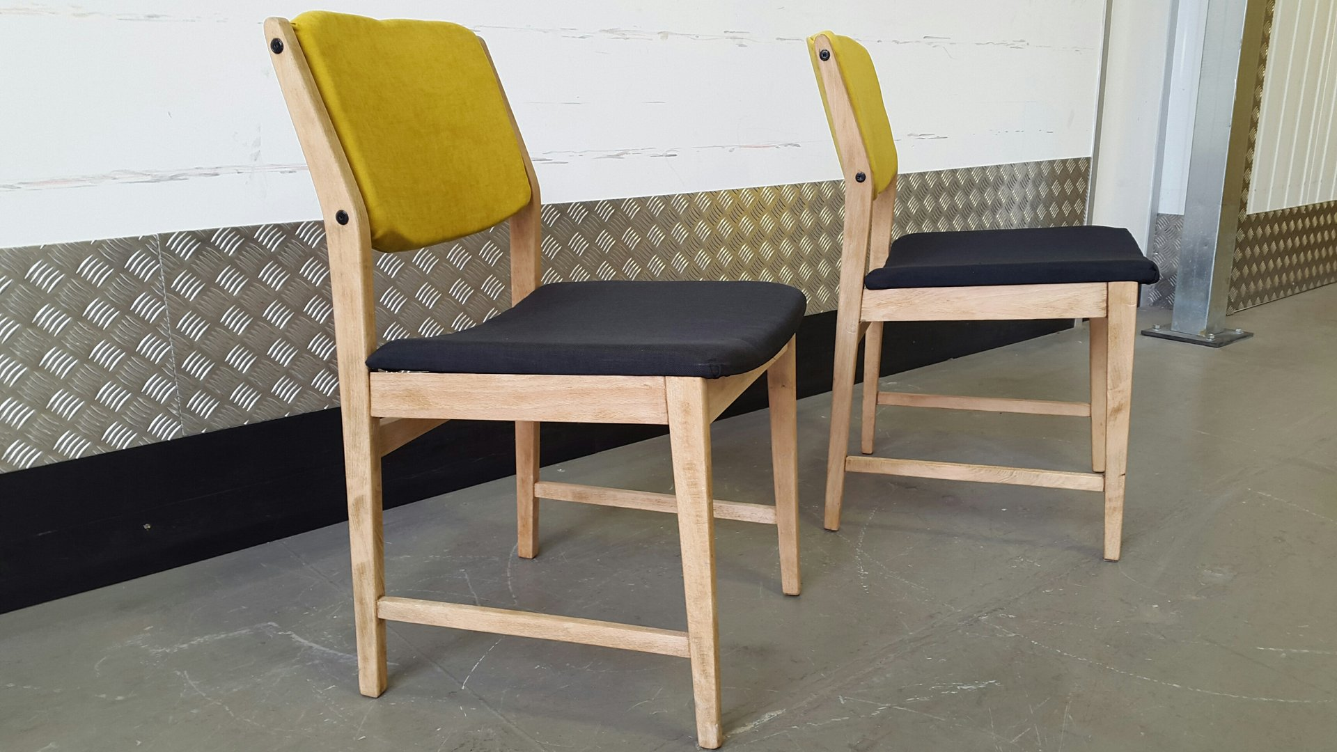 vintage dining chairs 1970s set of 2 for sale at pamono. Black Bedroom Furniture Sets. Home Design Ideas