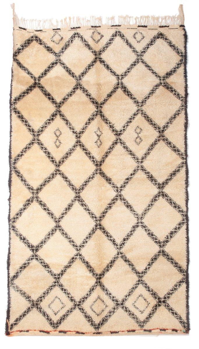 marokkanischer vintage beni ourain teppich in wei braun 1970er bei pamono kaufen. Black Bedroom Furniture Sets. Home Design Ideas
