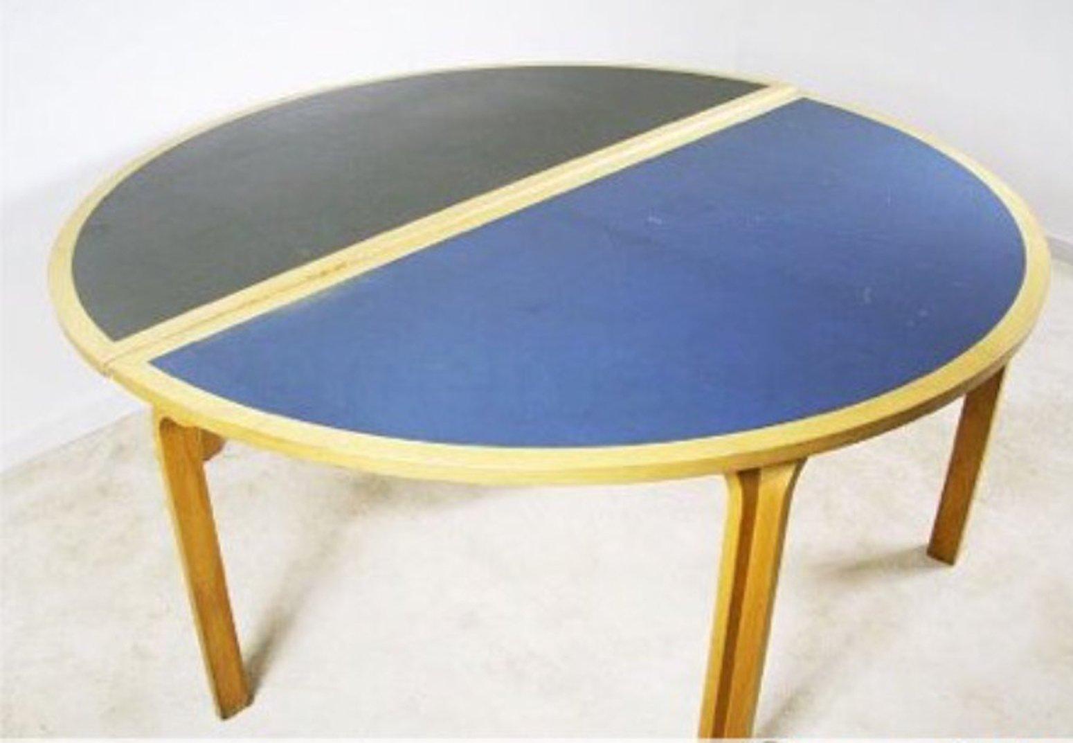 Dänischer Vintage Tisch von Magnus Olesen