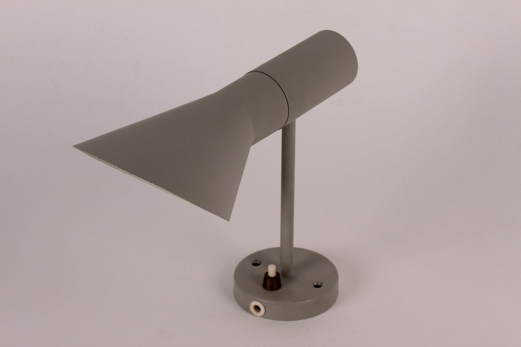 Kleine Graue AJ Wandlampe von Arne Jacobsen für Louis Poulsen, 1970er