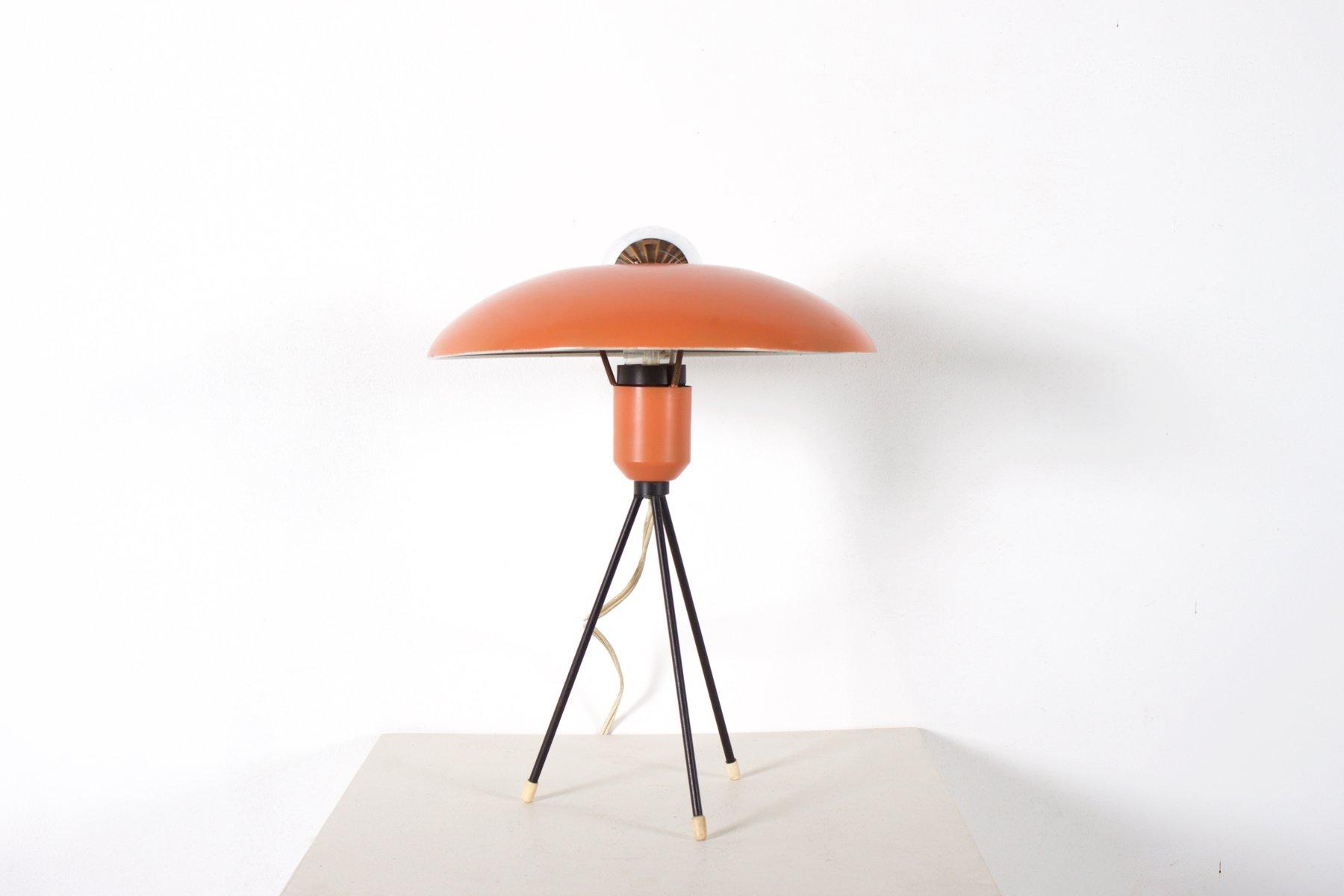 Niederländische Dreibein Tischlampe von Louis Kalff für Philips, 1950e...