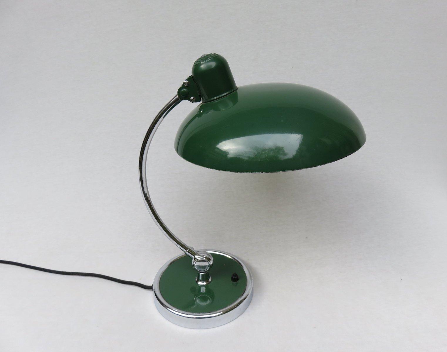 lampe de bureau president verte par christian dell pour kaiser idell 1930s en vente sur pamono. Black Bedroom Furniture Sets. Home Design Ideas