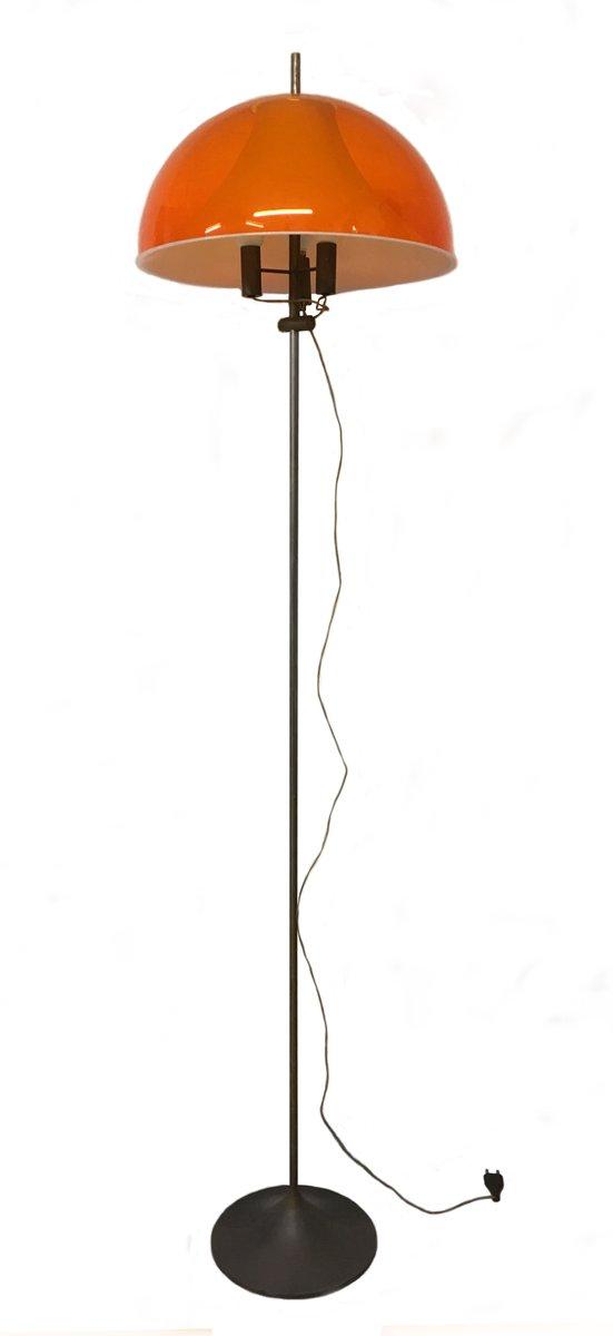 Italienische Stehlampe von Arteluce, 1960er