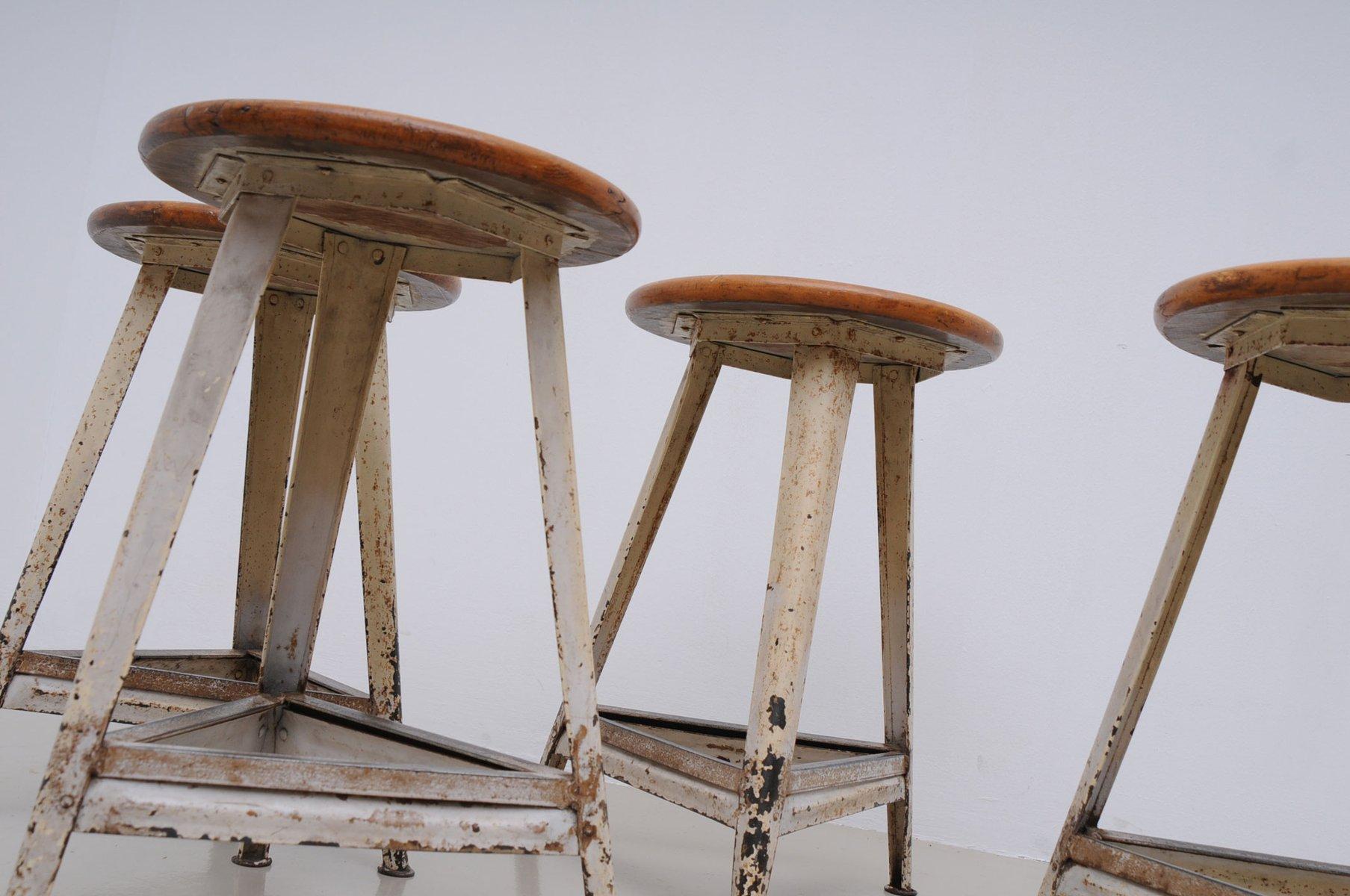 Sgabello industriale germania in vendita su pamono