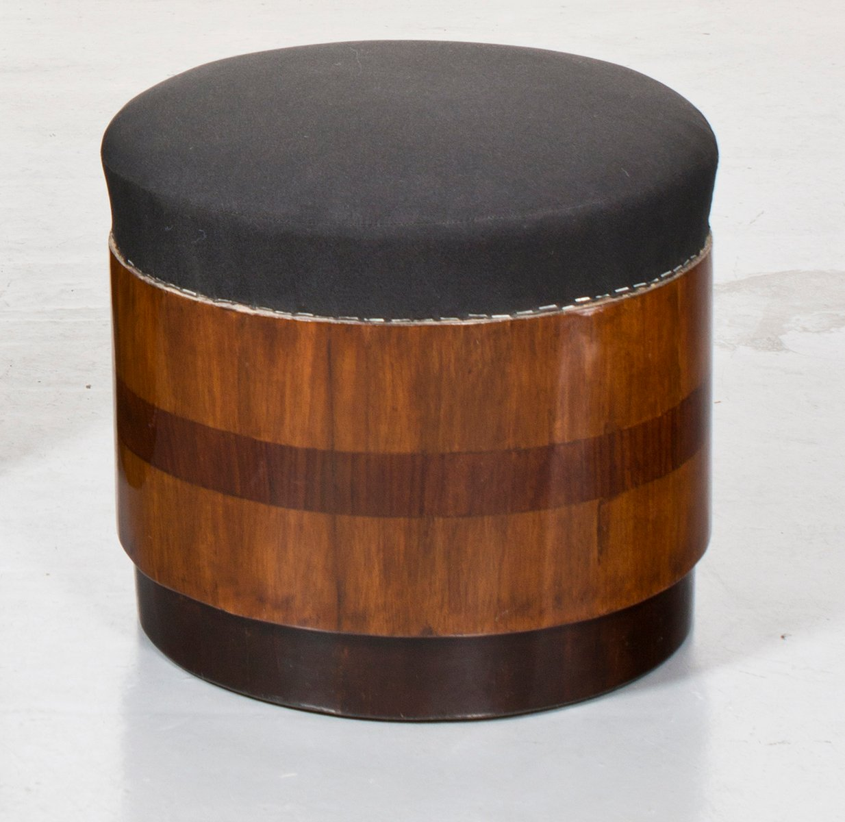 franz sische vintage art deco st hle mit hockern aus f ssern 2er set bei pamono kaufen. Black Bedroom Furniture Sets. Home Design Ideas