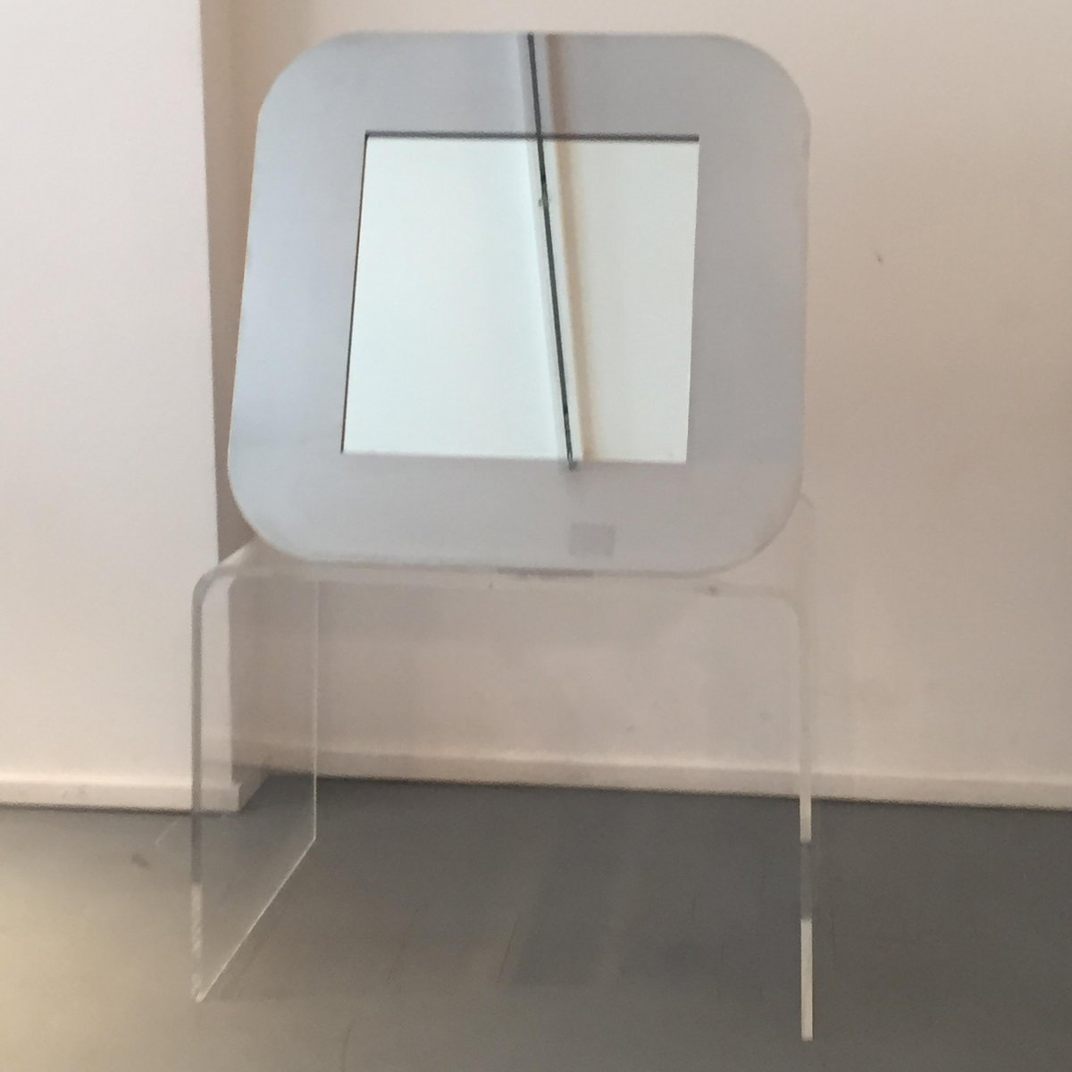 Specchio vintage in acciaio italia anni 39 70 in vendita for Specchio unghia anni 70